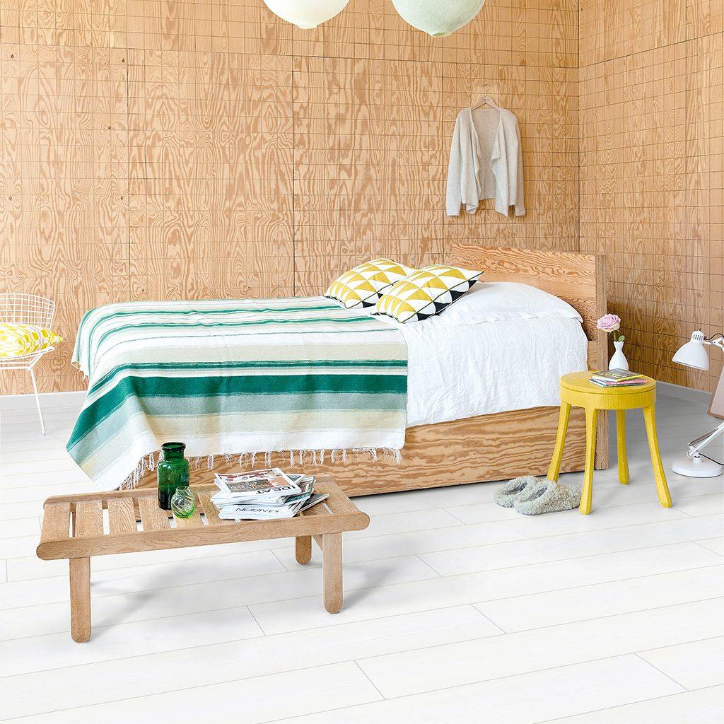 slaapkamer-wit-laminaat